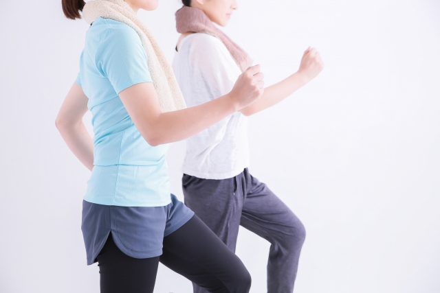 ウォーキングで健康UP!効果的な歩き方とは?